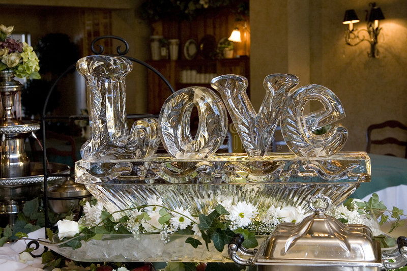 love-statue-glace-mariage